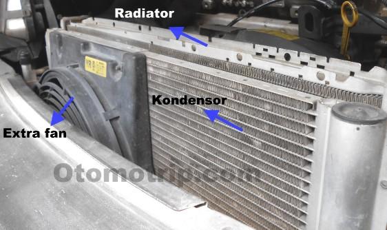 Extra fan kondensor dan radiator pada Chevrolet Zafira