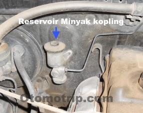 Tabung reservoir minyak kopling kijang lgx diesel
