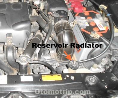 Reservoir radiator mesin 1NZ-FE