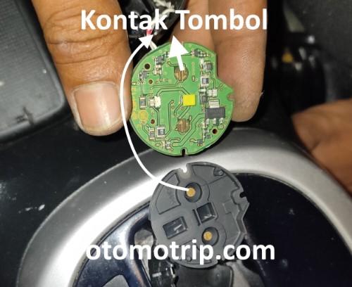 Bagian dalam tombol start stop engine honda jazz rs 2016